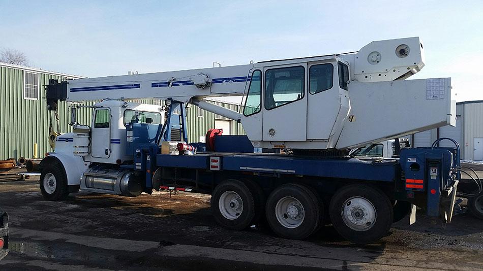 40-ton-National-1800-crane